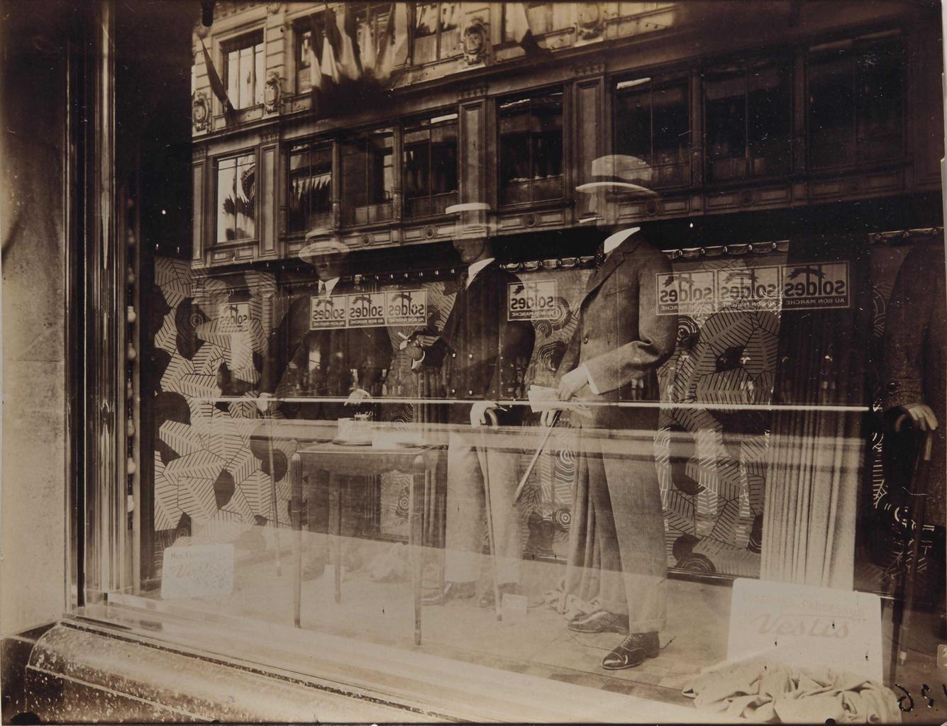 Eugene Atget-Bon Marche, Paris-1927