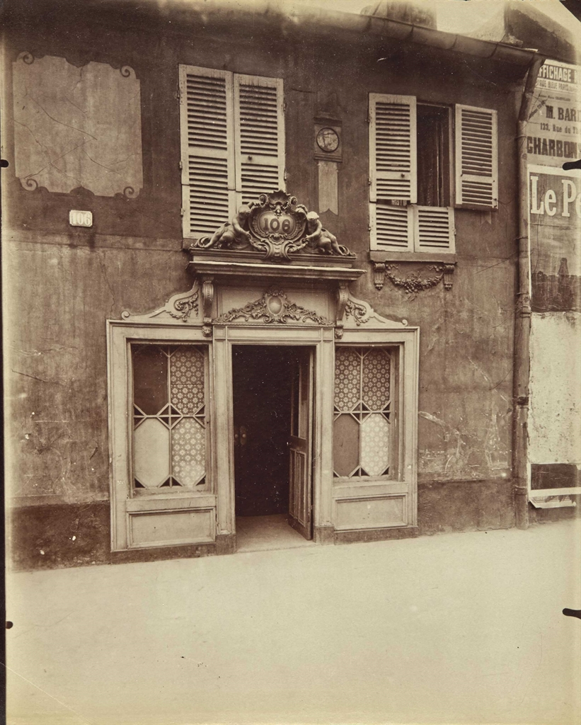 Eugene Atget-106 Avenue de Suffren, Paris-1910