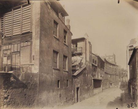 Eugene Atget-Rue des Gobelins, Paris-1920