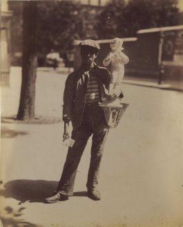 Eugene Atget-Marchand de figurines, Paris-1899