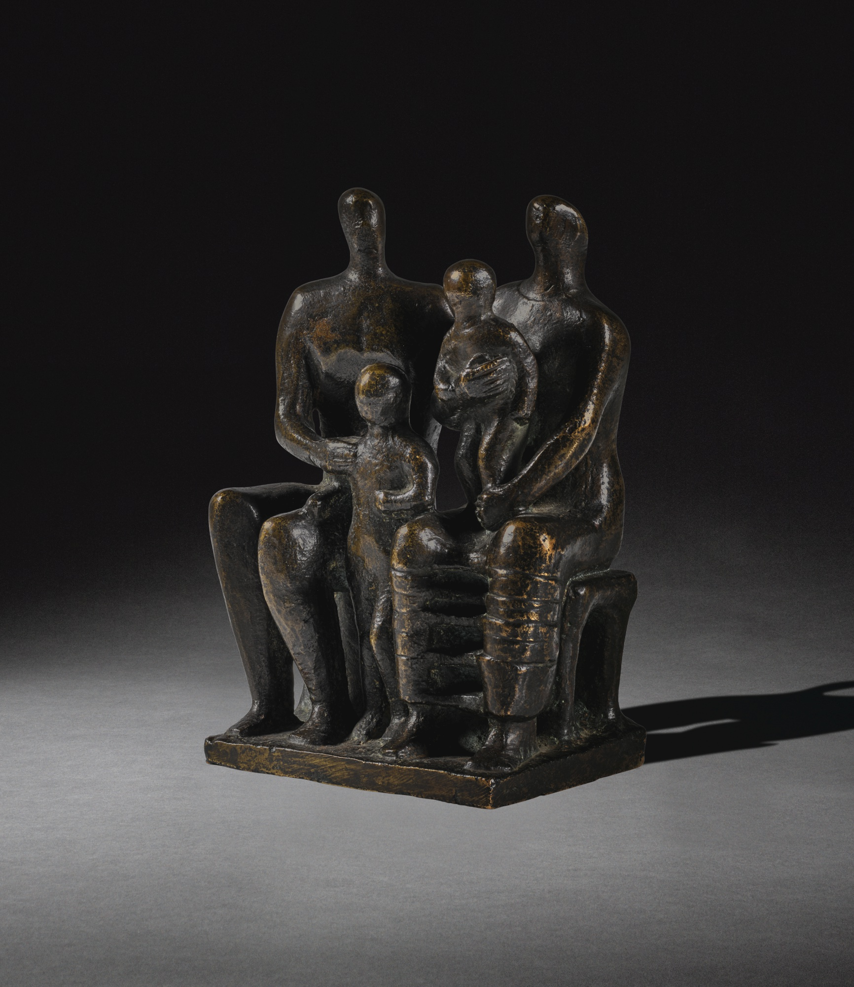 Henry Moore-Family Group-1944