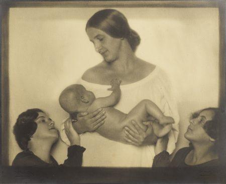 Rudolf Koppitz-Mother And Child Vienna-1925