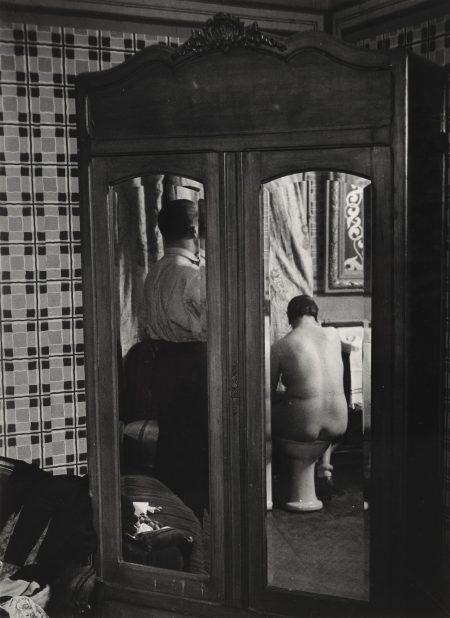 Brassai-Armoire A Glace Dans Un Hotel De Passe Rue Quincampoix-1932