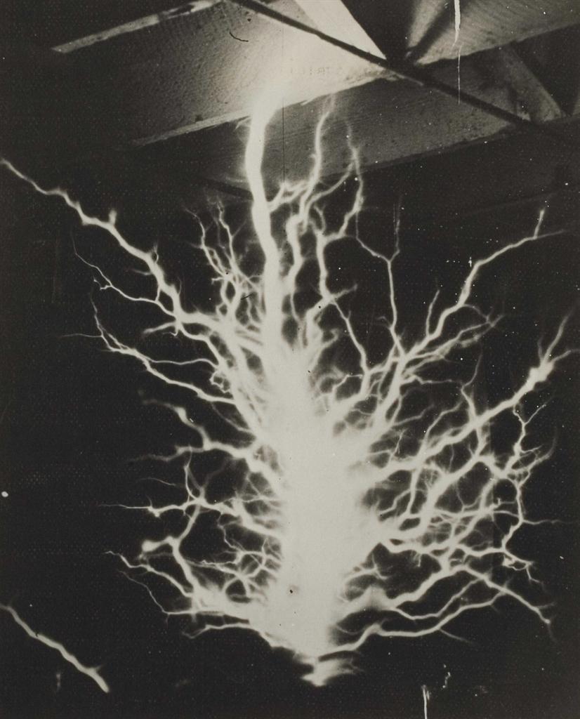 Wide World Photos - Eblouissement, 'A beam that can kill armies, San Francisco'-1929