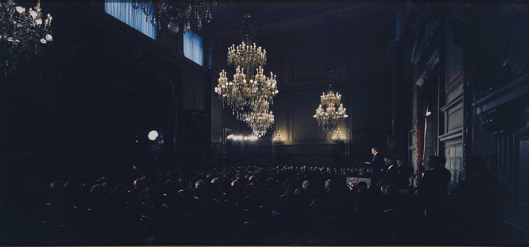 Luc Delahaye-George Bush at Concert Noble-2005