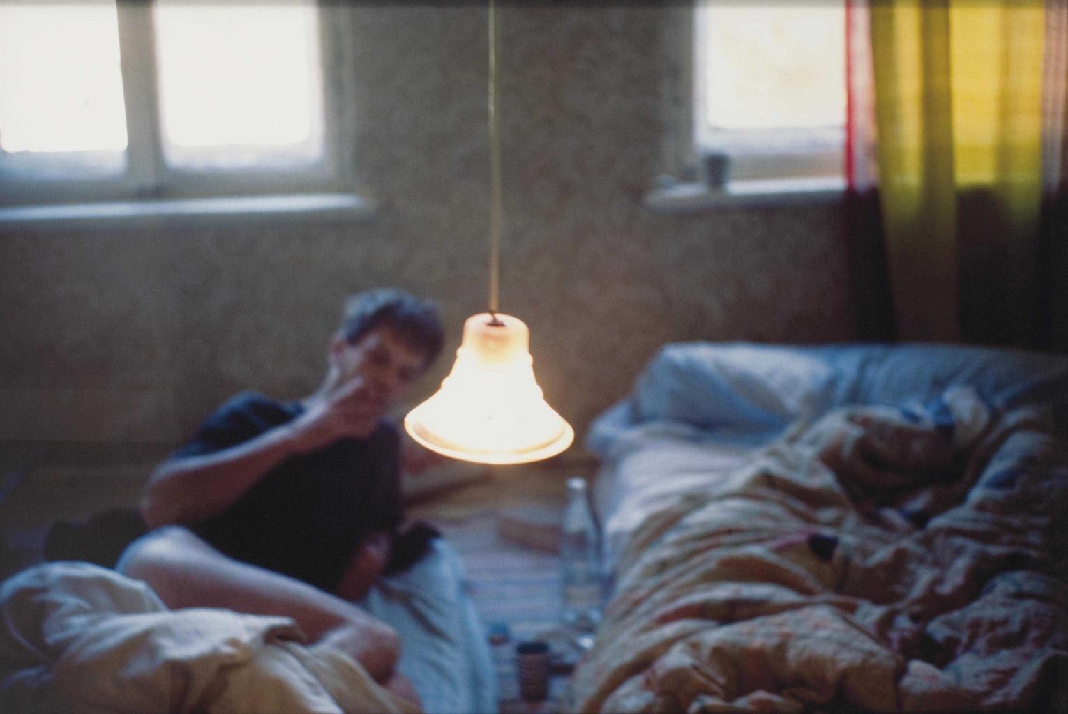 Nan Goldin-David in bed, Leipzig-1992