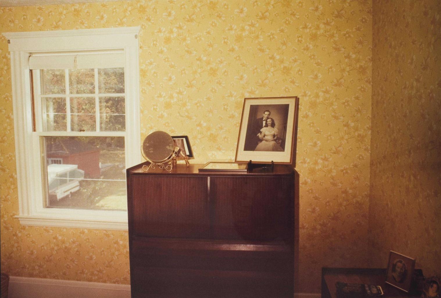 Nan Goldin-The Parents' Wedding Photo, Swampscott, Mass-1985