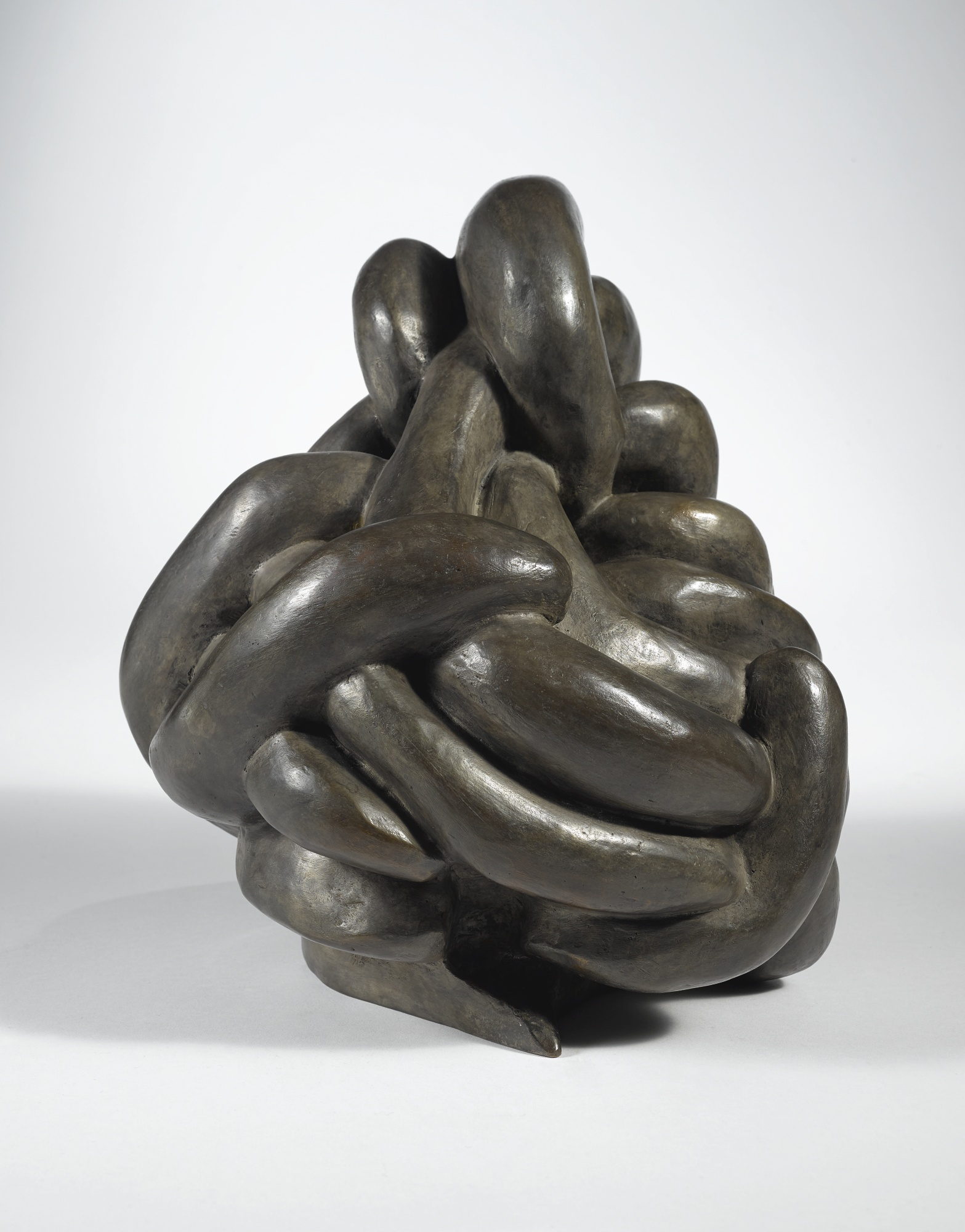 Louise Bourgeois-Clutching-1999