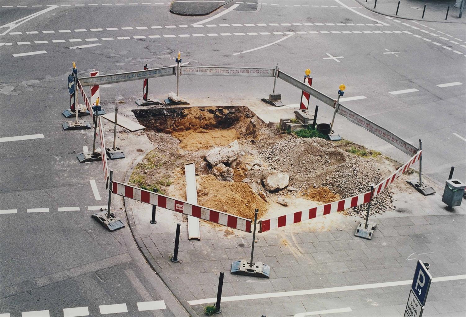 Wolfgang Tillmans-Roadworks 98-1998