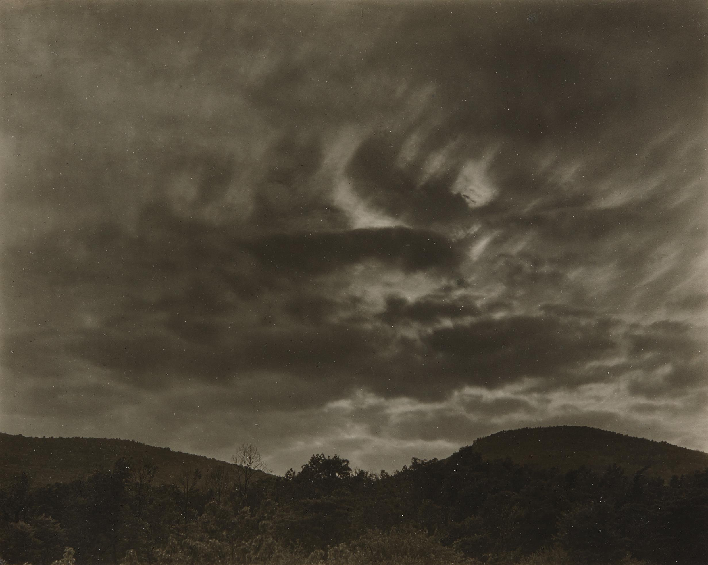 Alfred Stieglitz-Lake George-1922