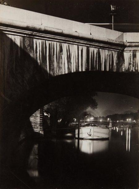 Brassai-The Seine at Night-1932