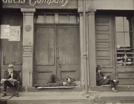 Walker Evans-South Street, New York-1932