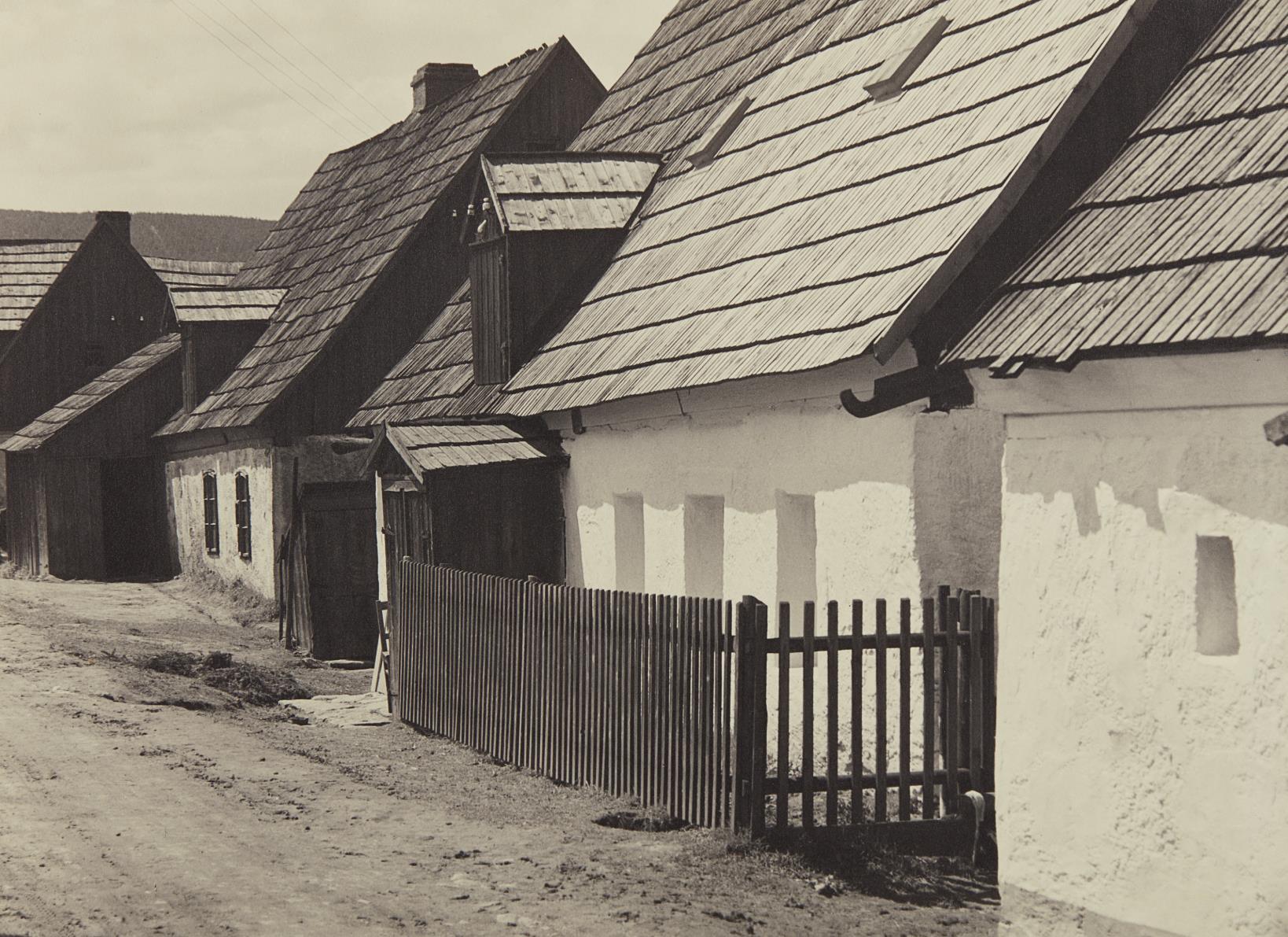 Albert Renger-Patzsch-Untitled (Gebirgneudorf)-1936