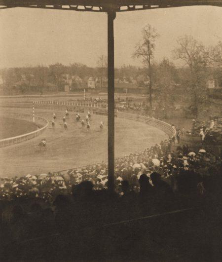 Alfred Stieglitz-Going to the Start-1905