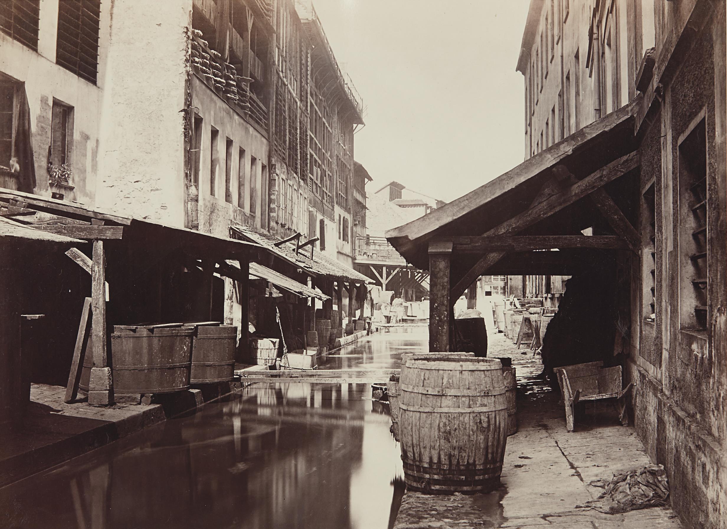 Charles Marville-La Bievre (de la rue du Pont-aux-biches)-1862