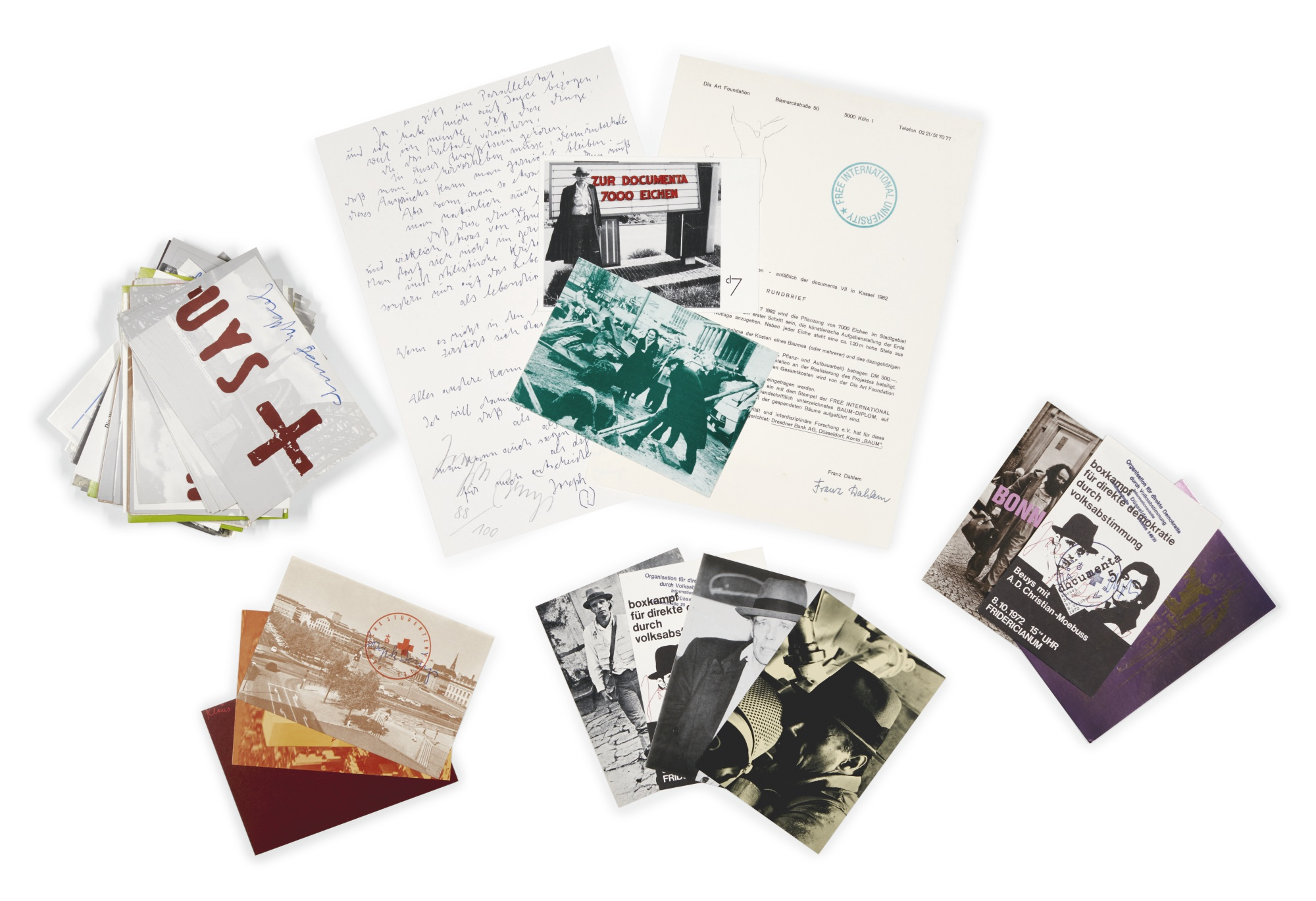 Joseph Beuys-A Collection Of Letters And Postcards: James Joyce (S. 511); Beuys boxt für direkte Demokratie (S. 58); Neue Anschrift (S. 69); Letter from London (S. 194); Fat Shine on Iron-1984