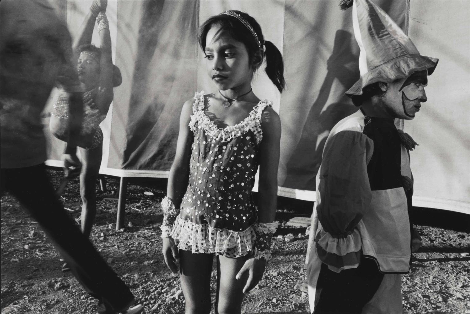 Mary Ellen Mark-Pinky And Shiva Ji, Tents And Shadows, The Great Royal Circus, Junagadh, India-1992