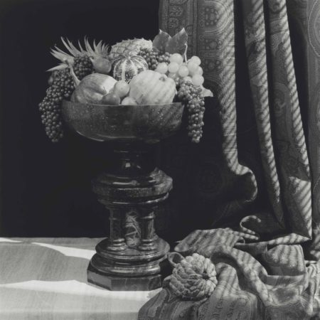Robert Mapplethorpe-Urn With Fruit-1987