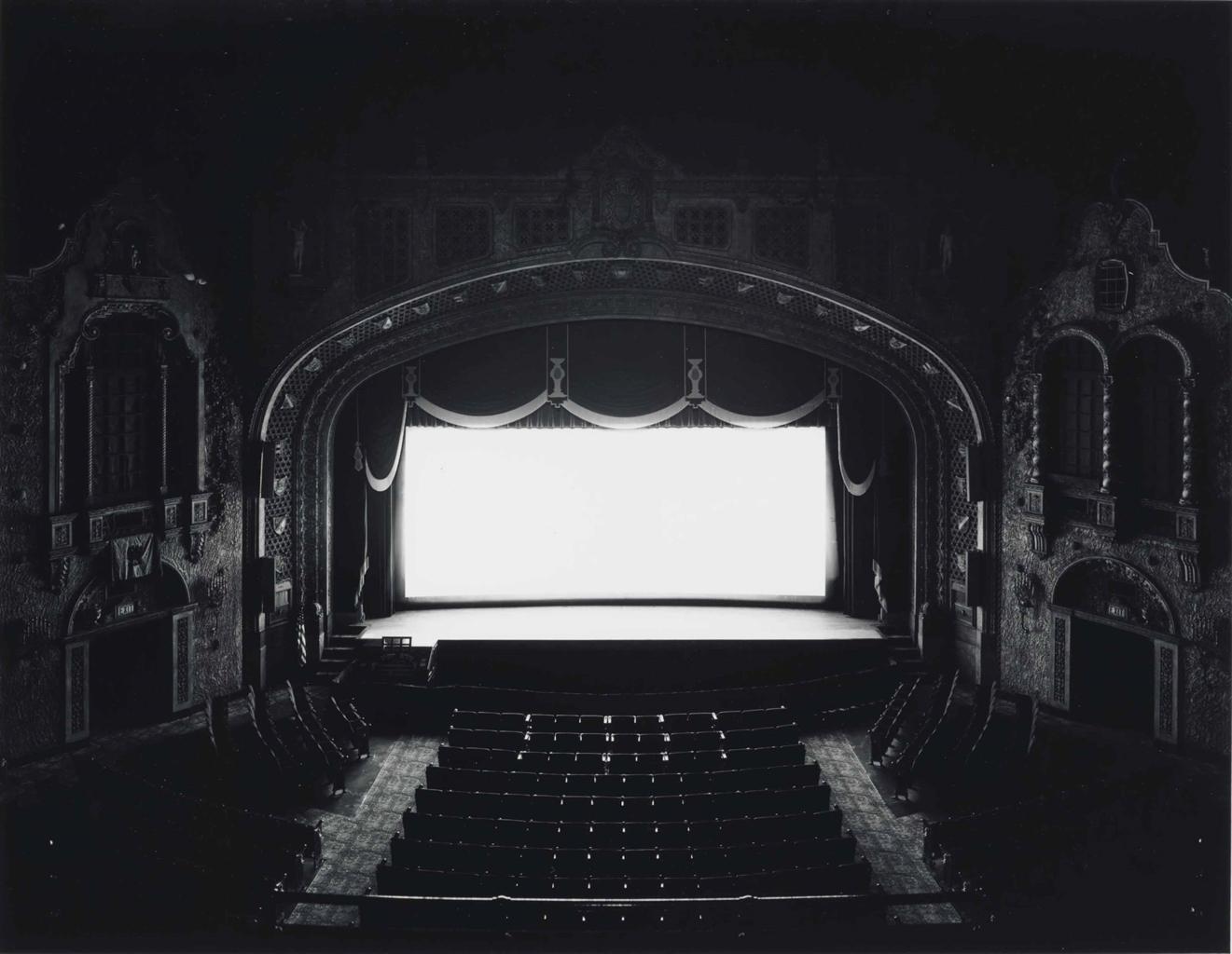Hiroshi Sugimoto-Marion Palace, Ohio-1980