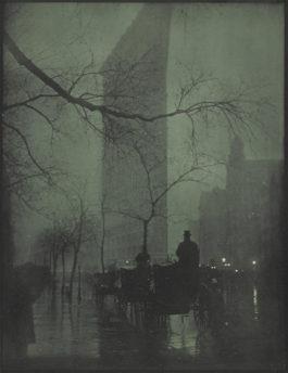 Edward Steichen-The Flatiron-Evening-1905