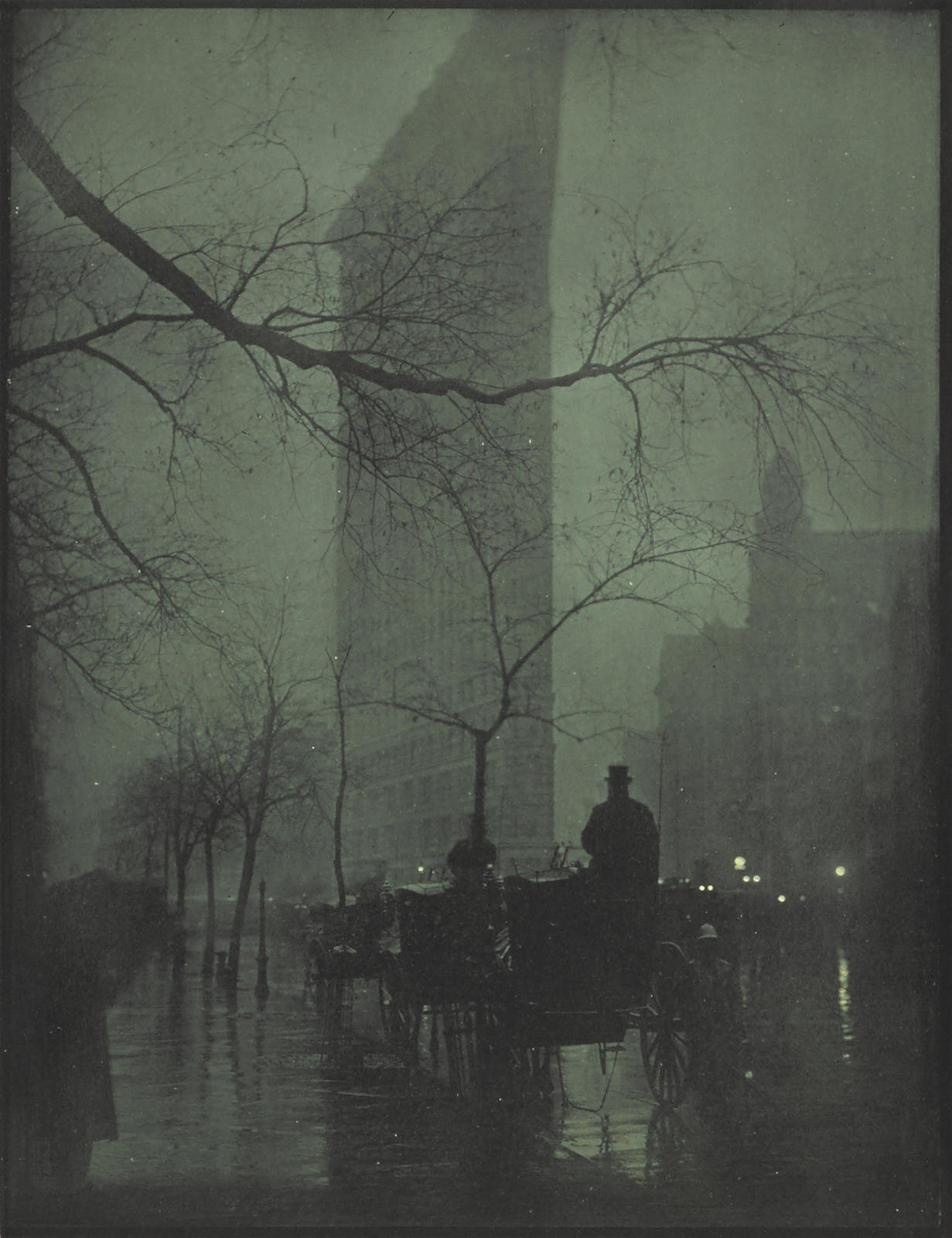 Edward Steichen-The Flatiron-Evening-1905