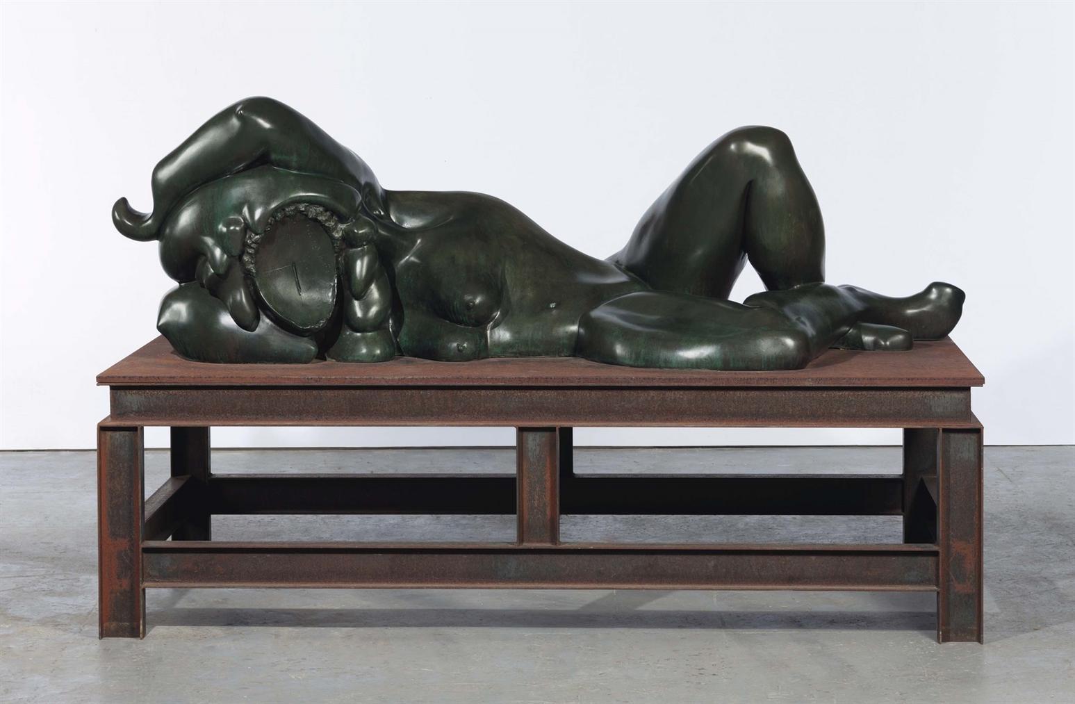 Thomas Schutte-Bronzefrau Nr. I-2000