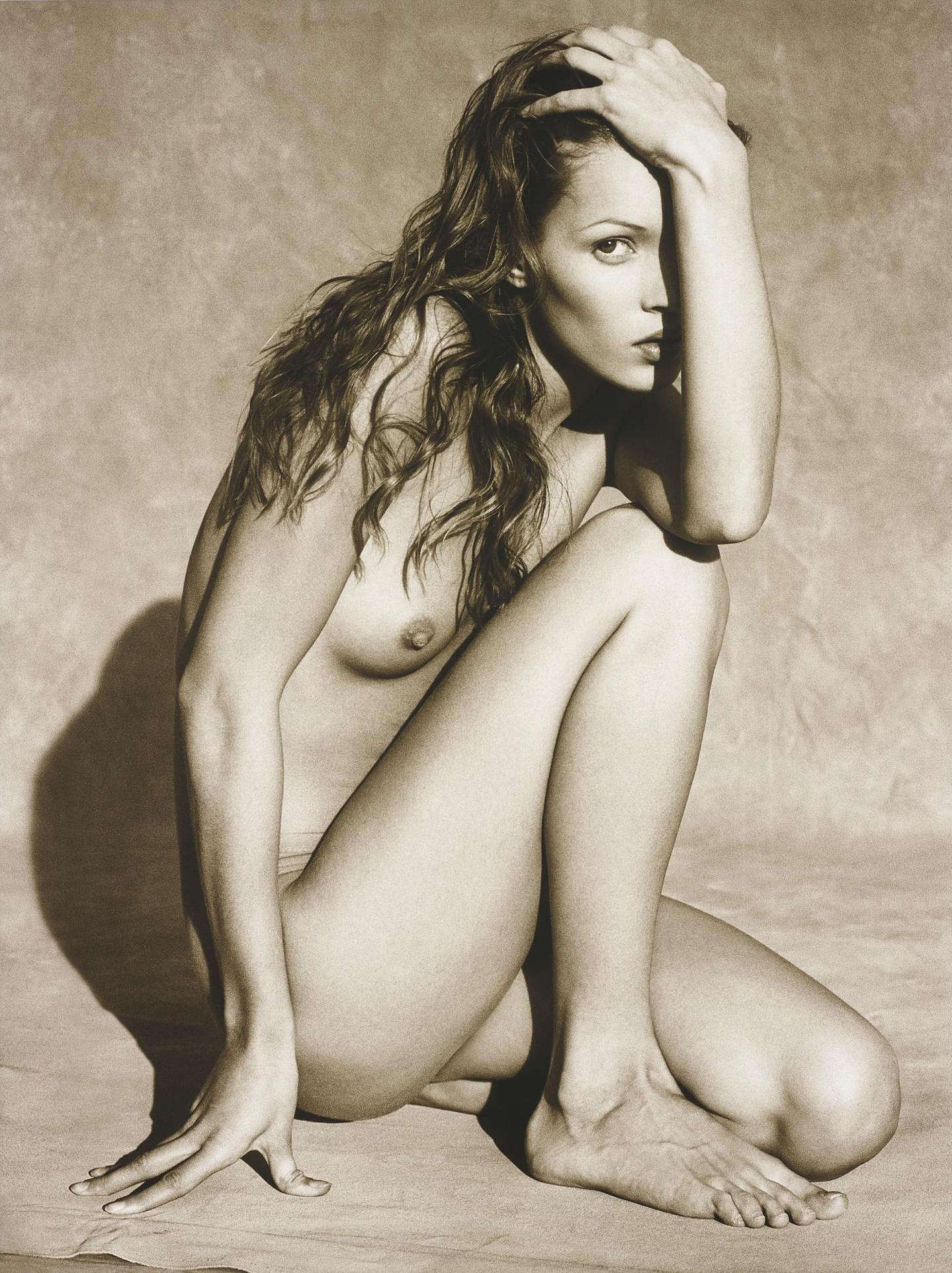 Albert Watson-Kate Moss, Marrakech (Frontal Nude III)-1993