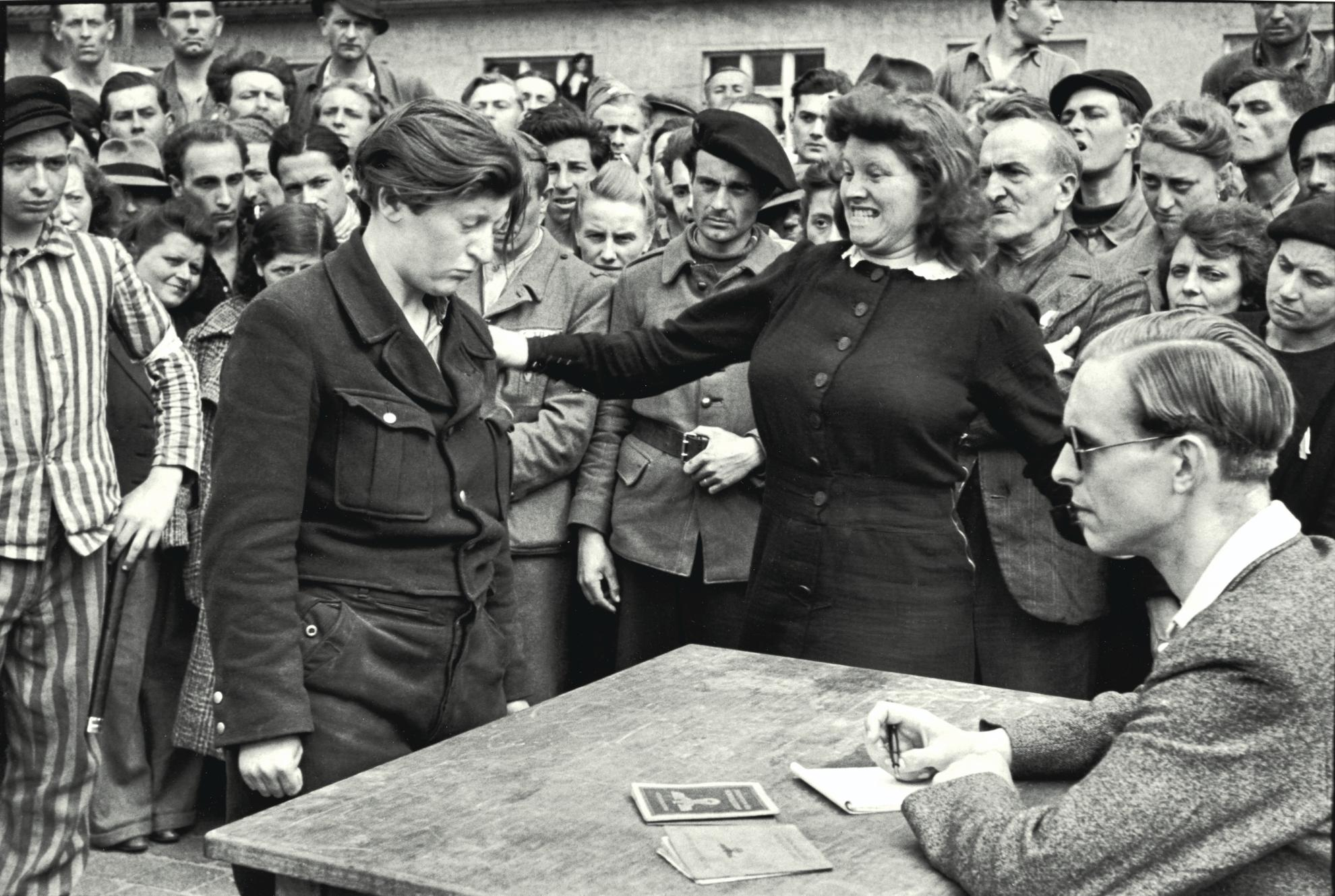 Henri Cartier-Bresson-Dessau, April-1945