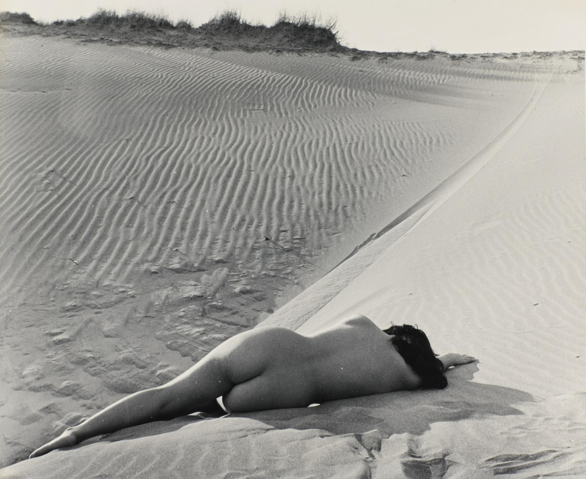 Yoshiyuki Iwase - Untitled-1955