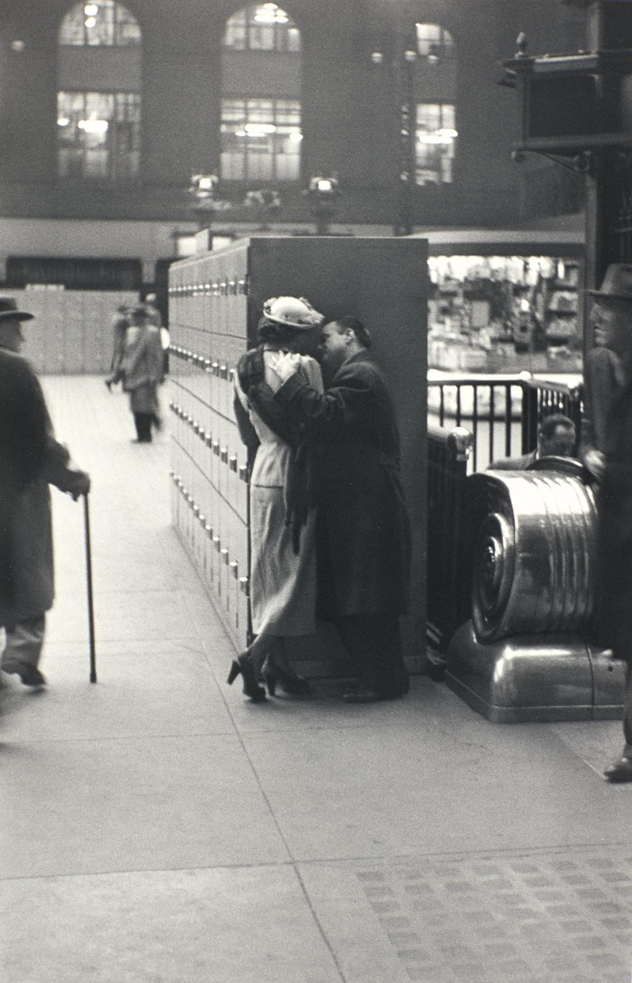 Louis Faurer-Penn Station, N.Y.C.-1948