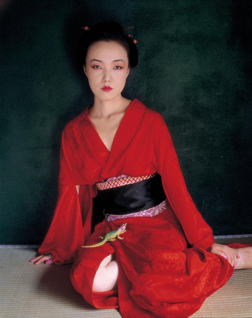 Nobuyoshi Araki-Suicide In Tokyo-2008