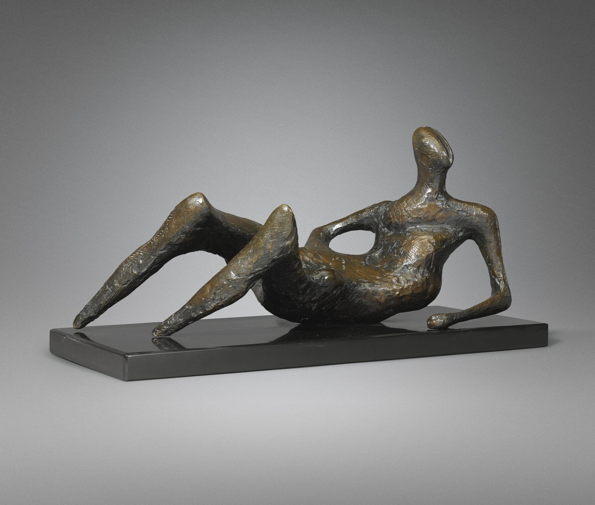 Henry Moore-Reclining Figure-1957