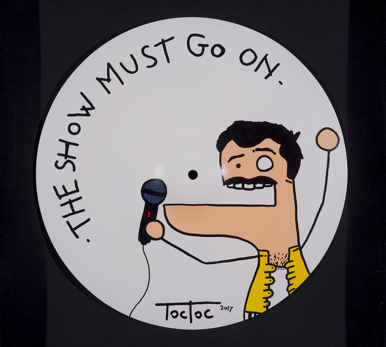 Toctoc-The show must go on-2017