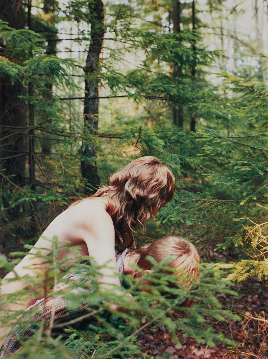 Ryan Mcginley - Hanna & Emily-2002