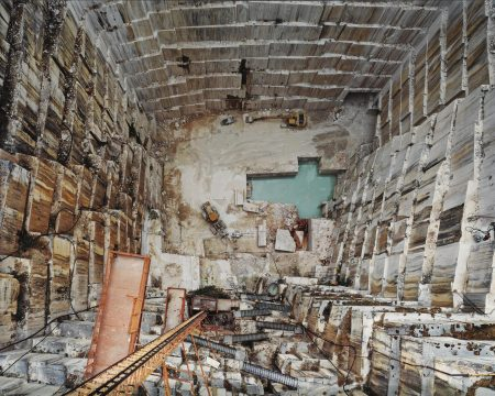 Edward Burtynsky-Iberia Quarries #8, Cochicho Co., Pardais, Portugal-2006