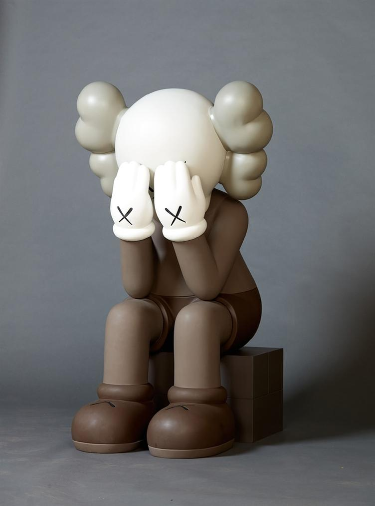 KAWS-Seated Companion-2011