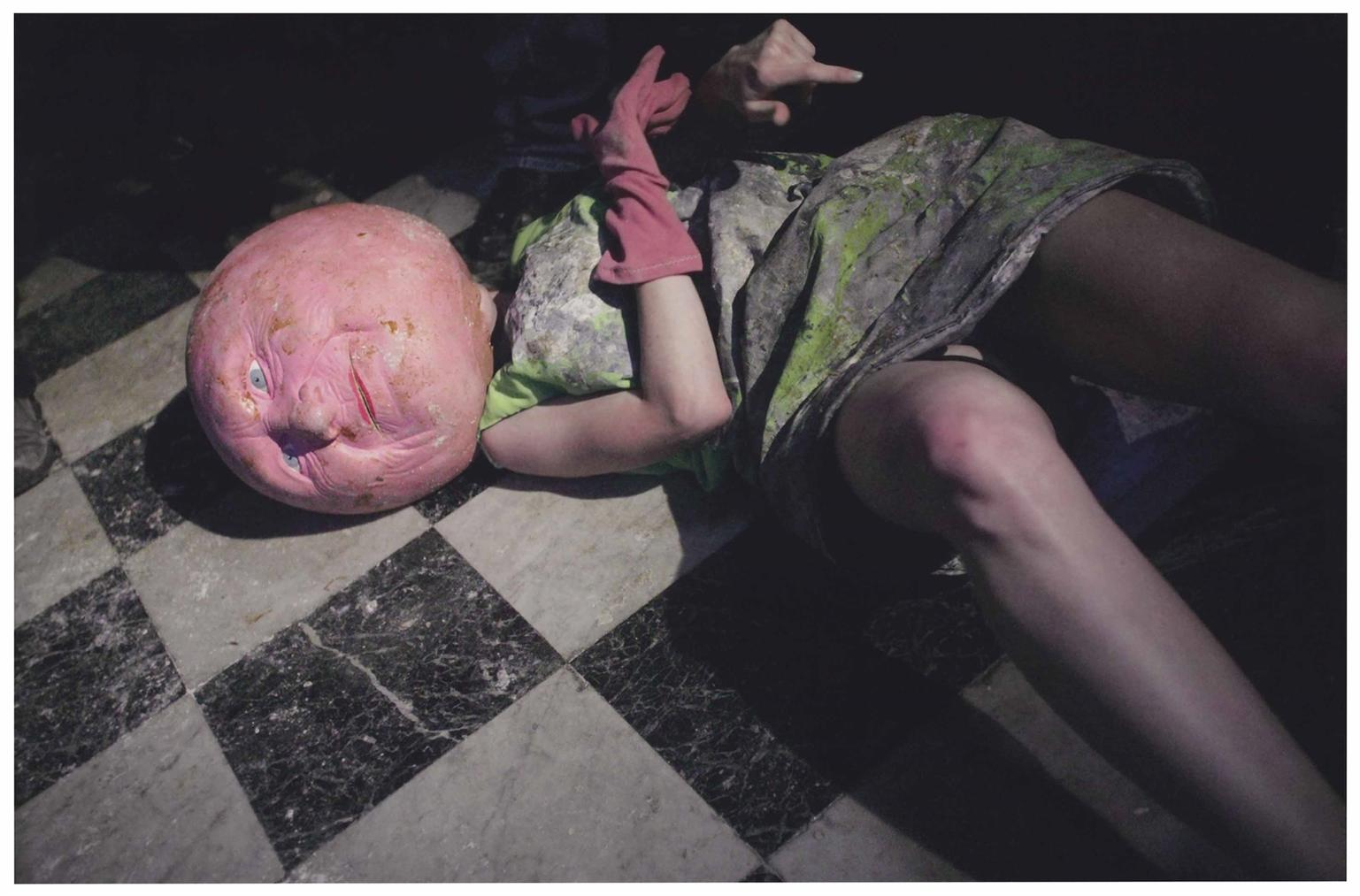Paul McCarthy-Piccadilly Circus: Green Queen Lying On The Marble Floor-2003