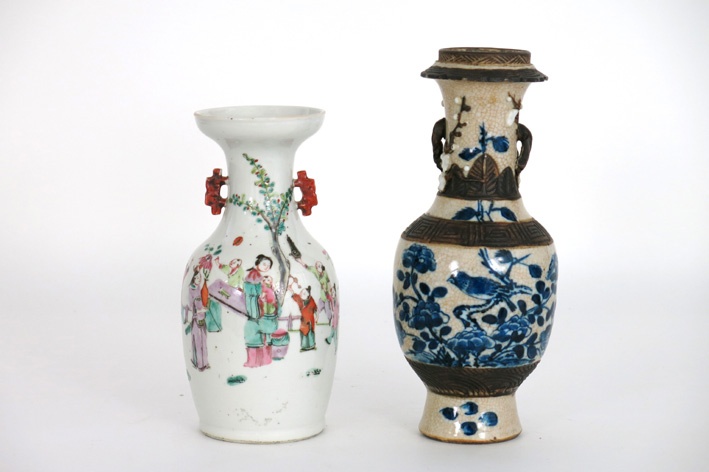 2 antique Chinese vases in marked porcelain-