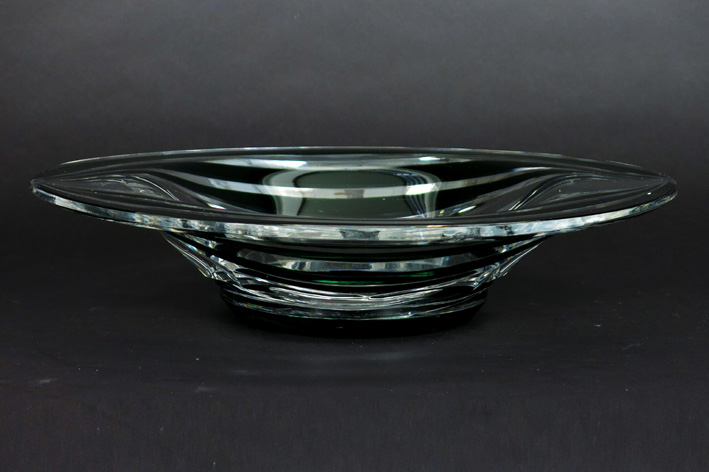 Oval dish in signed VSL crystal-