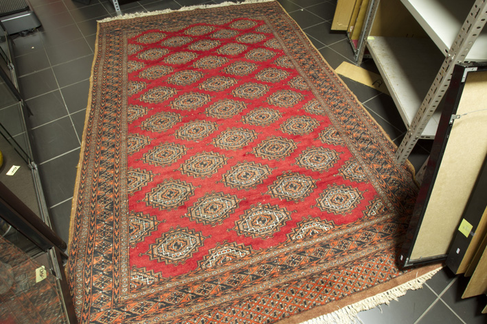 Pakistanese handknotted carpet-