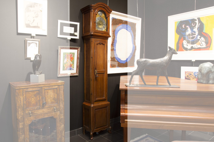 Antique longcase clock with a case in cherrywood and a signed work from Liege-