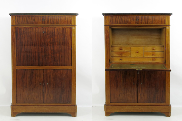19th Cent. bureau in walnut with marble top-