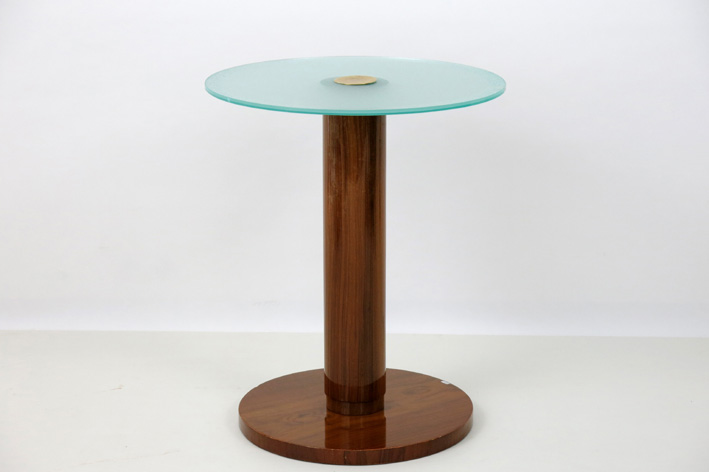 Art Deco occasional table in walnut with a round top in glass-1930