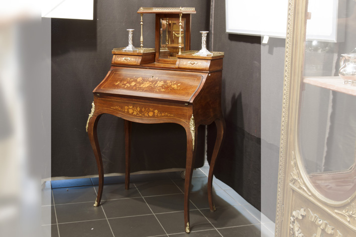 19th Cent. French ladies' bureau in marquetry with mountings in guilded bronze-
