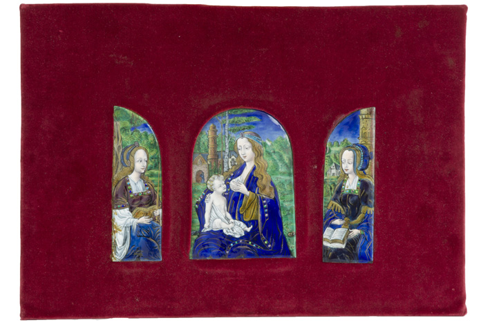 16th Cent. French triptych in 'Limoges' enamel with the representation of the 'Virgo lactans' and two holy female figures-1500