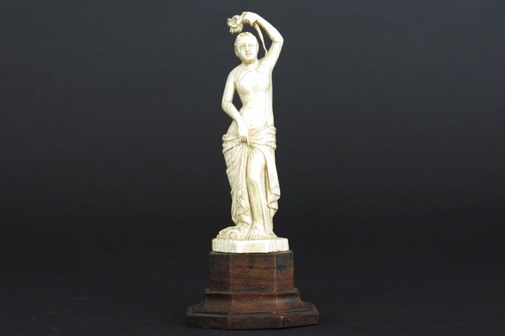 Small 19th Cent. sculpture in ivory-