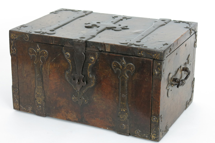 Small 16th Cent. money-changer's chest in walnut with iron mountings-