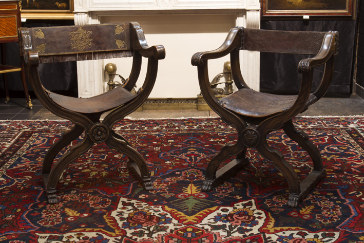 Pair of antique Dagobert' armchairs in walnut and leather-