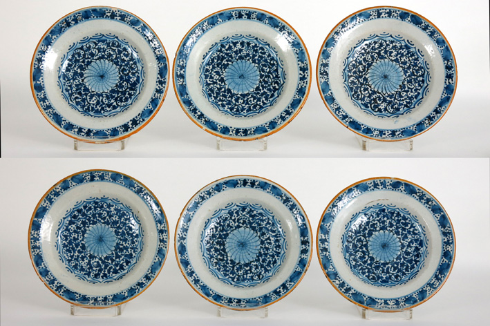 Set of six 18th Cent. plates in earthenware from Delft-