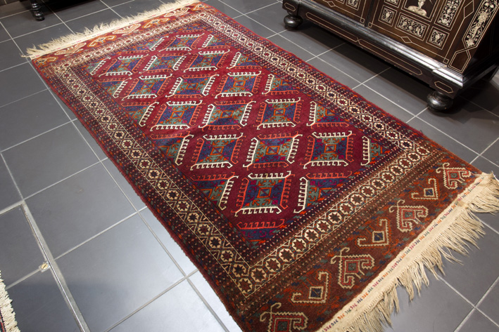 Antique Turkmen Yomouth in wool-